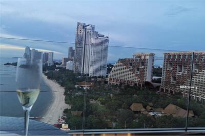 For Sale - (920471002-82) Three Bedrooms Condominium for Sale in The Cove