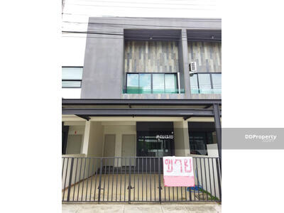 For Sale - CHD100746 - Two storey Town House for sale with 3 bedrooms and  3 bathrooms. - Utility space in 23. 6 sq. w. and 153 sq. m.