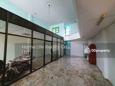 For Sale - ขาย อาคารพาณิชย์ ขนาด 36 ตารางวา เขตบางกระปิ กรุงเทพ (รหัสทรัพย์ B10-30-0721)