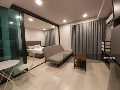 For Rent - Contemporary 1-BR Condo at Venio สุขุมวิท 10 near BTS Asoke (ID 441136)