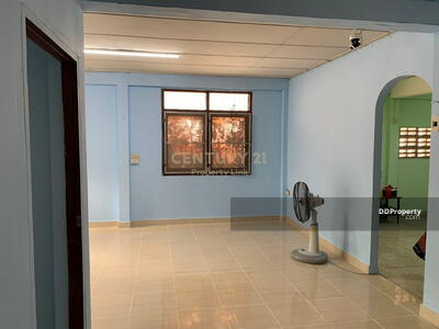 For Rent - Four Bed House for Rent & Sale in Phra Khanong MSP-37660