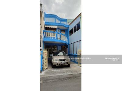 For Rent - 3 Bedrooms Townhouse Huai Khwang, Huai Khwang, Bangkok