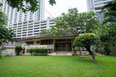 For Rent - Spacious 2-BR House near BTS Phaya Thai (ID 462343)
