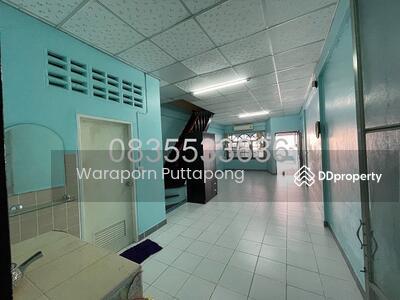 For Rent - ให้เช่าทาวน์เฮ้าส์ 2 ชั้น 2ห้องนอน 2ห้องน้ำ 1ห้องครัว โทร. 0835533636