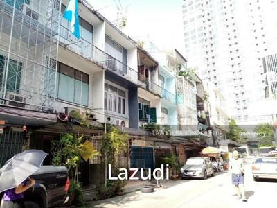 For Sale - 3. 5 Storey townhouse for sale in Sathorn