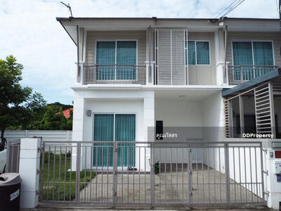 For Sale - CH0301 - Two storey Town House for sale with 3 bedrooms and  2 bathrooms. - Utility space in  29. 9 sq. w. Near the city.