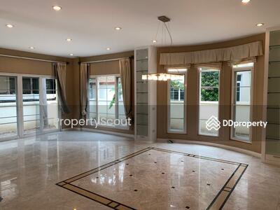 For Rent - Roomy 3-BR House near BTS Phaya Thai (ID 448289)