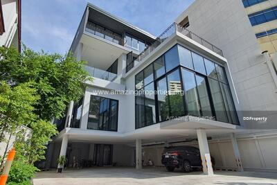 For Sale - Commercial Building for rent sale Phrom Phong (CS-00065)