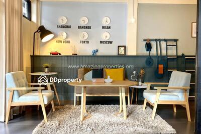 For Rent - Petfriendly 2 Bedroom Townhouse Ekkamai (HS-00096)