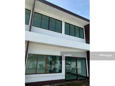 For Sale - C5MG100371 Two-Storey Townhouse for sale. There are 2 bedrooms and 2 bathrooms.