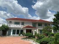 ขาย - ขายบ้านเดี่ยว2ชั้น รามอินทรา ซ. 5  ทำเลดี เดินทางสะดวก บ้านสวย ร่มรื่น พื้นที่ใช้สอยเยอะ พร้อมเฟอร์นิเจอร์ครบครัน 522 ตร. วา 62 ล้านบาท