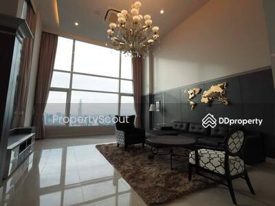 For Rent - Wonderful High Rise 4-BR Condo at Circle Condominium near BTS Nana (ID 484933)