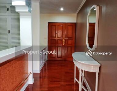 For Rent - Roomy 4-BR Condo at 47 Le Cullinan Sukhumvit Soi 39 near BTS Thong Lor (ID 495478)