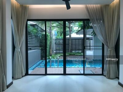 For Rent - Roomy 4-BR House at Thonglor Tower Condominium near BTS Thong Lor (ID 460144)