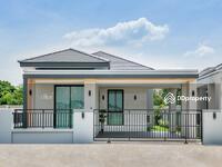 ขาย - บ้านเดี่ยว 1 ชั้น พร้อมอยู่ ใกล้รถไฟฟ้าเดินทางสะดวก บ้านใหญ่พื้นที่เยอะ KW001/006