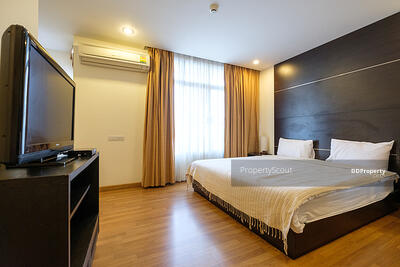 For Rent - Exclusive 1-BR Apt. near BTS Phra Khanong | 6 Mo. Avl. (ID 20638)