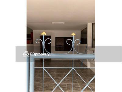ให้เช่า - ให้เช่า ทาวน์โฮม ชั้นเดียว การเคหะ 1 ติดรพนครพัฒน์ ใกล้เซ็นทรัล นครศรี 88 ตรม. 22 ตร. วา 1 ห้องนอน 1 ที่จอดรถ พร้อมแอร์ มีห้องครัว ราคาพิเศษ