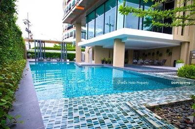 For Sale - Hot deal 2 bedrooms condo for sale in popular area