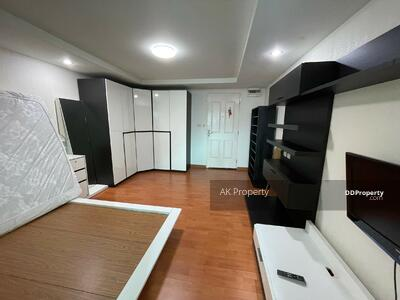 For Rent - Happy condo Ratchada18 for rent big cabinet separate kitchen